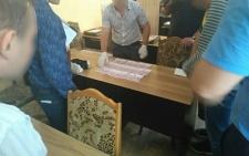 У Чернівцях на хабарі затримали викладача інституту (фото)