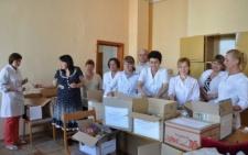 Буковинські медики передали військовим на Схід медикаменти та продукти (фото)