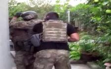 СБУшники з Буковини затримали бойовика, який штурмував Донецький аеропорт (відео)