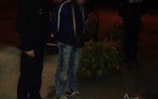 У Чернівцях затримали двох чоловіків з мішками, які обікрали квартиру