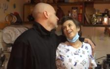 Стоматолог із Чернівців розповіла про кохання, яке не змогла розлучити війна (відео)