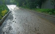У Чернівцях після зливи щоразу заливає вулицю в районі Калічанки