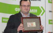 Чиновники міської ради на чолі з Каспруком вимагали у депутатів премій